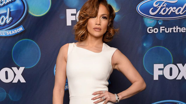 J Lo Hair Styles: J.Lo's Old Hollywood American Idol Outfit
