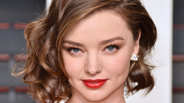 style cuts for short hair how to style hair like miranda kerr instyle 6061 | 031616 miranda kerr hair lead