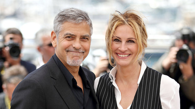 Here's Proof That Clooney Only Gets Better With Age - Page 5 051916-george-clooney-julia-roberts