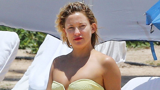 Kate Hudson Looks Super Toned In A Tiny Yellow Bikini In