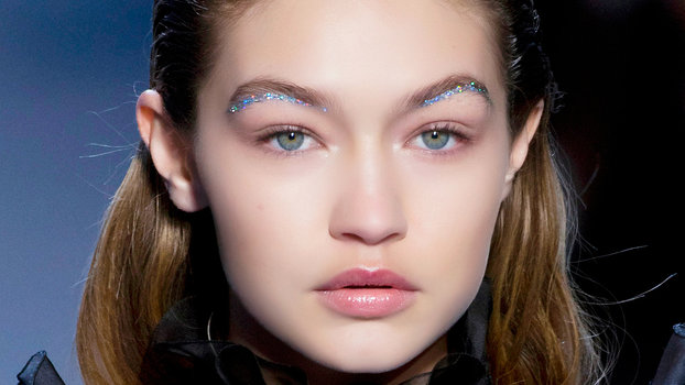Under Eyebrow Makeup Trend
