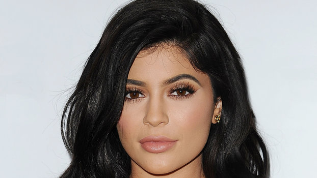 Kylie Jenner's Two Minute Eyebrow Hack Is A Total Game Changer ...