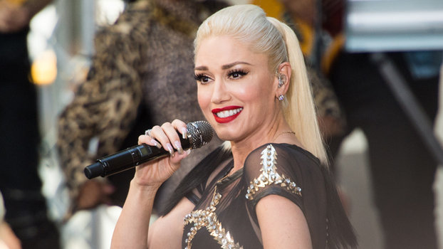 """NEW YORK, NY - JULY 15:  Singer Gwen Stefani performs on NBC's """"Today"""" at Rockefeller Plaza on July 15, 2016 in New York City.  (Photo by Noam Galai/WireImage)"""
