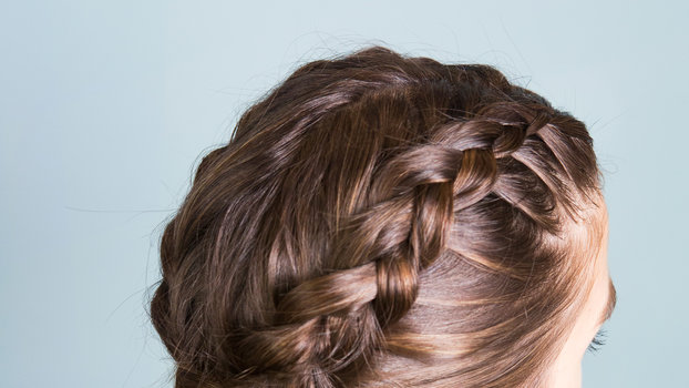 Learn How To Perfect Inverted French Braids With This Step