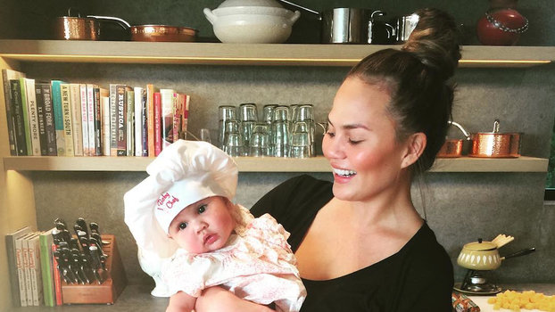 Chrissy Teigen Gets Real About How Celebrities Lose Baby ...