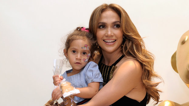 J Lo Hair Styles: J.Lo's Daughter Looks So Grown Up