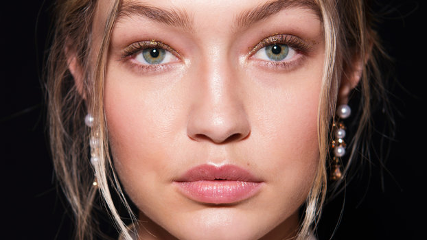 Holiday Party Makeup Trend Rosy Glow InStylecom