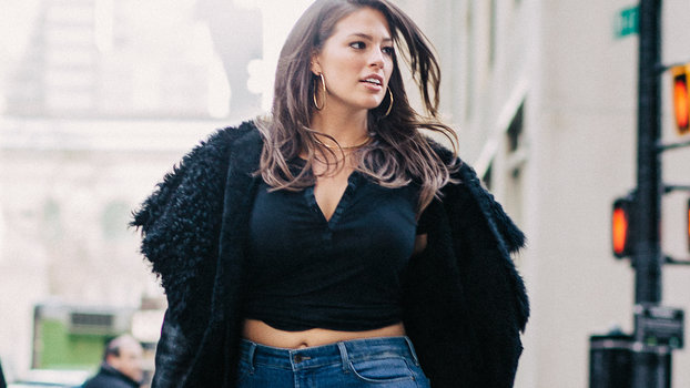 98754c46c8 Ashley Graham on the 4 Jeans Updates Every Curvy Girl Should Try ...