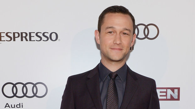 11 Times Joseph Gordon-Levitt Looked Hot in a Suit