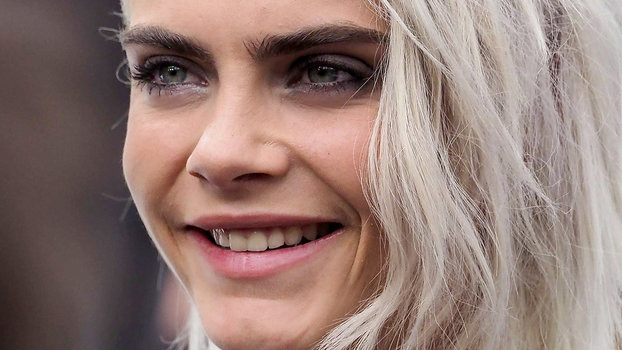 Cara Delevingne Is Writing A Novel Instyle Com