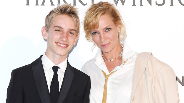 Uma Thurman Brought Her Look-Alike Teenage Son as Her ...