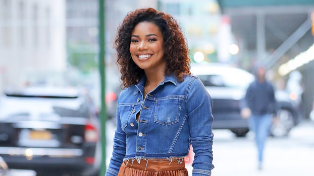 Gabrielle Union Wears $50 Skirt with Pleats | InStyle.com