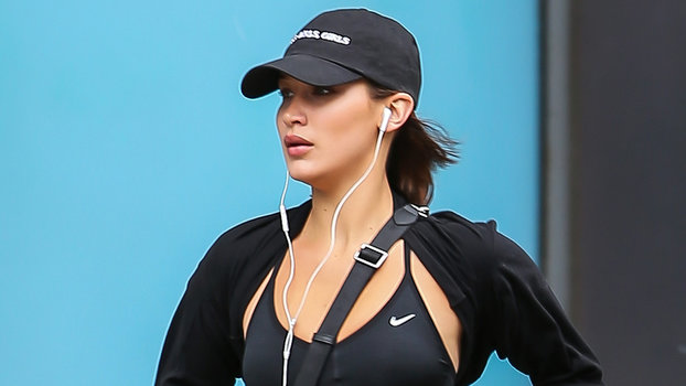 6581e84d84f79 What Celebrities Wear to the Gym