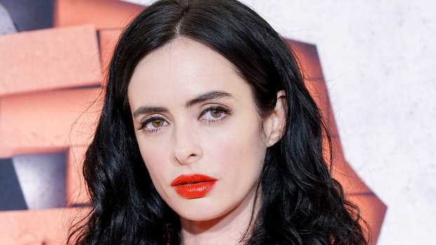 Krysten Ritter's Red Lipstick and Brows at The Defenders ...