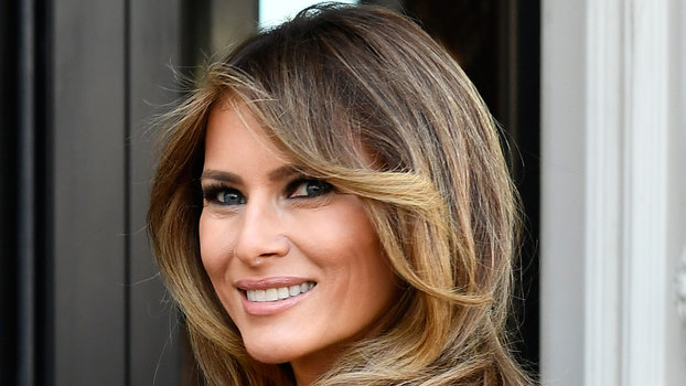 ced49aacb56d0 Melania Trump Braves the Cold in Christian Louboutin Stilettos | InStyle.com
