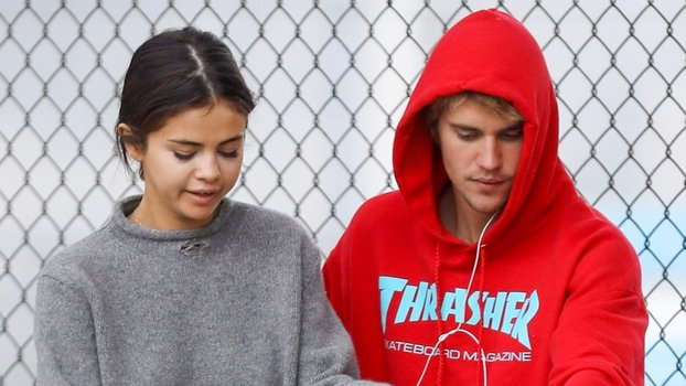 Selena Gomez and Justin Bieber Ditched Their Bikes for a Romantic Stroll