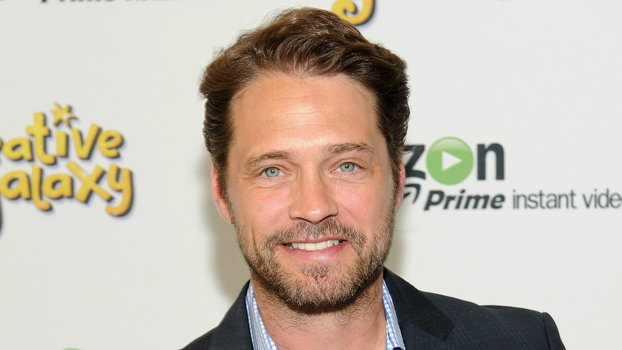 90210's Jason Priestley Punched Harvey Weinstein in the Face at a 1995 Golden Globes Party