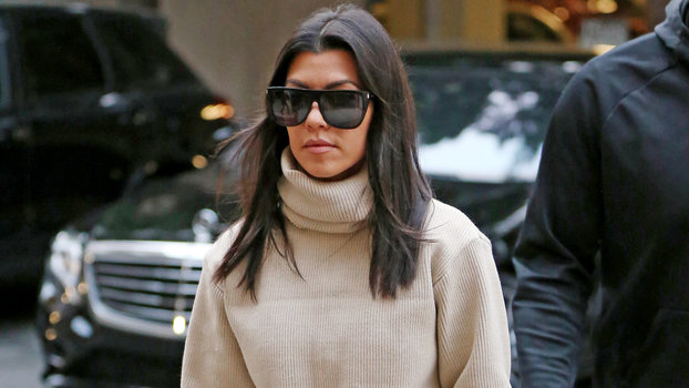 Kourtney Kardashian Steps Out In Cropped Sweater After Khloe S