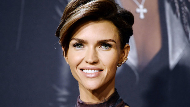 Ruby Rose Celebrity Hair Changes Really: Ruby Rose Will Need A Cane And Wheelchair For The Time