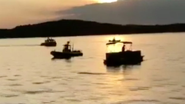 Table Rock Lake Duck Boat