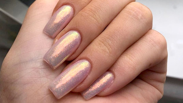 What to Know About Getting Acrylic Nails