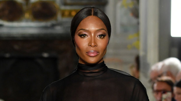 44542516f3 Naomi Campbell Shut It Down in Sheer Valentino Couture