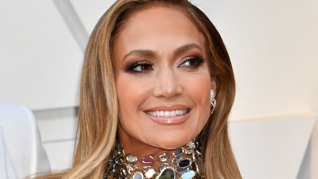 J Lo Hair Styles: Ellen DeGeneres Offers To Be J.Lo's Maid Of Honor
