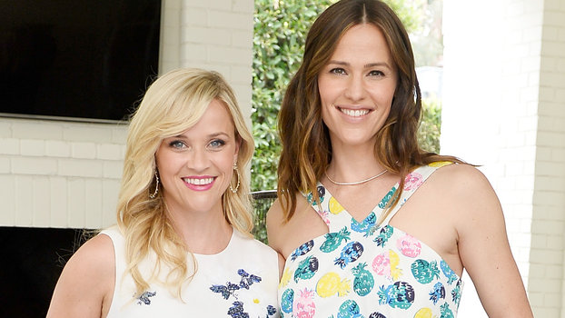 Jennifer Garner Serenades Birthday Girl Reese Witherspoon in Her Marching Band Uniform