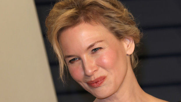 Renée Zellweger Stuck to Her Red Carpet Uniform During a Rare Public Appearance
