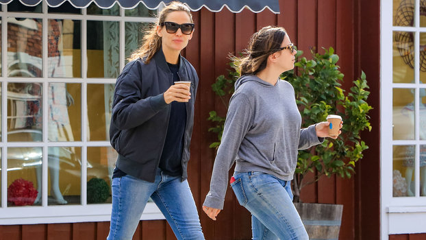 Jennifer Garner Allbirds