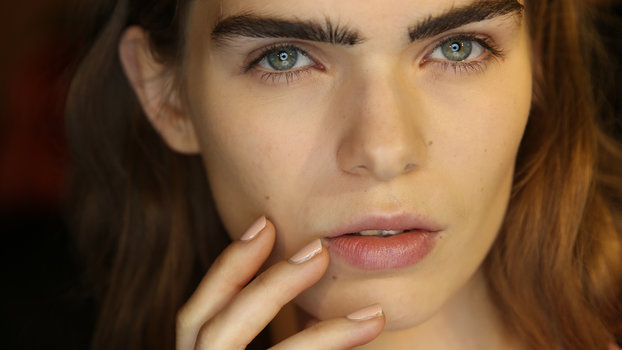 The Invisinail:  The Guide To The Best No Make-up Manicure