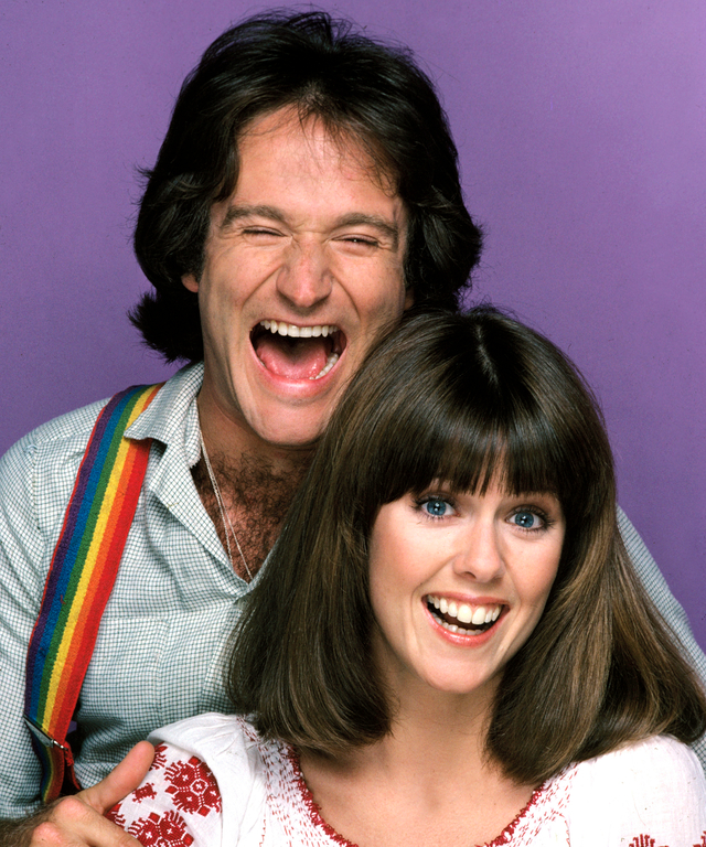 """MORK & MINDY - gallery - Season One - 9/14/78 The character of Mork, an alien from the planet of Ork, became so popular from an episode of """"Happy Days"""" that it was spun-off into this series starring Robin Williams in the lead role (his first major acting"""