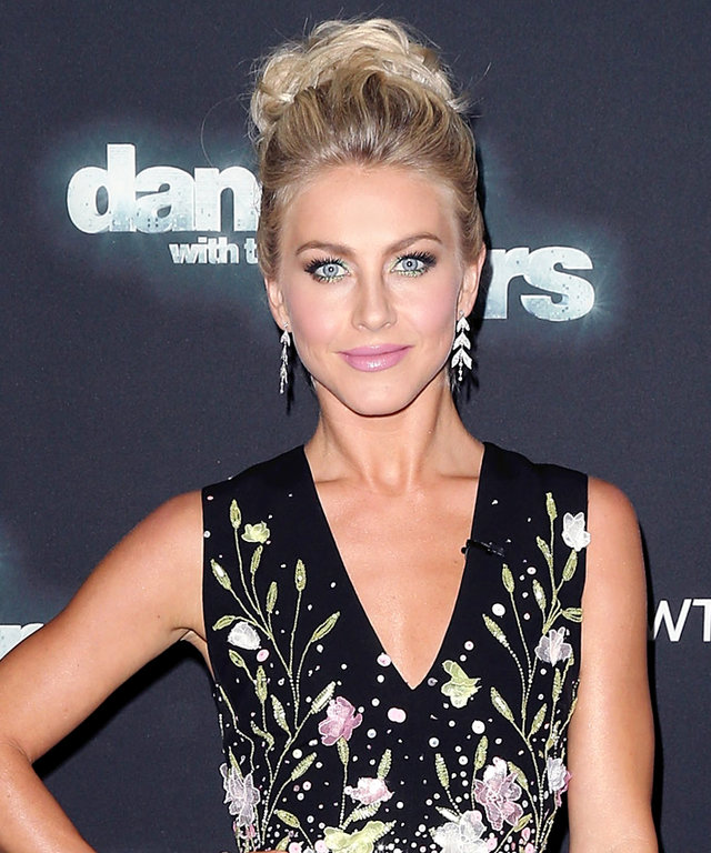 """LOS ANGELES, CA - OCTOBER 26:  Dancer/TV personality Julianne Hough attends """"Dancing with the Stars"""" Season 21 at CBS Televison City on October 26, 2015 in Los Angeles, California.  (Photo by David Livingston/Getty Images)"""