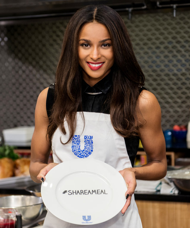 NEW YORK, NY - NOVEMBER 11:  Singer Ciara attends the 2015 Share A Meal program at Institute of Culinary Education on November 11, 2015 in New York City.  (Photo by Noam Galai/WireImage)