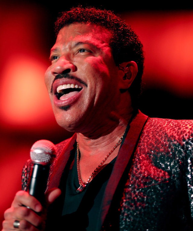 SANTA MONICA, CA - DECEMBER 10: (EXCLUSIVE COVERAGE)  Recording artist Lionel Richie performs onstage at the 2nd Annual Diamond Ball hosted by Rihanna and The Clara Lionel Foundation at The Barker Hanger on December 10, 2015 in Santa Monica, California.