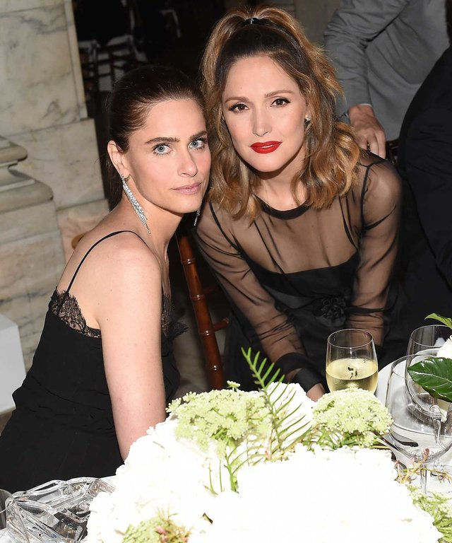 Amanda Peet (L) and  Rose Byrne attend the CHANEL Fine Jewelry Dinner to celebrate treasures from the New York Public Library Collection at the New York Public Library's Stephen A. Schwarzman Building on June 2, 2016 in New York City.