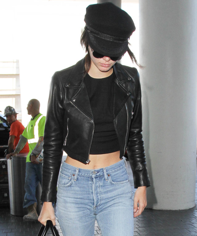 Gigi Hadid   Kendall Jenner s Stylist Shares Her Must-Have Summer ... 333583882a7b