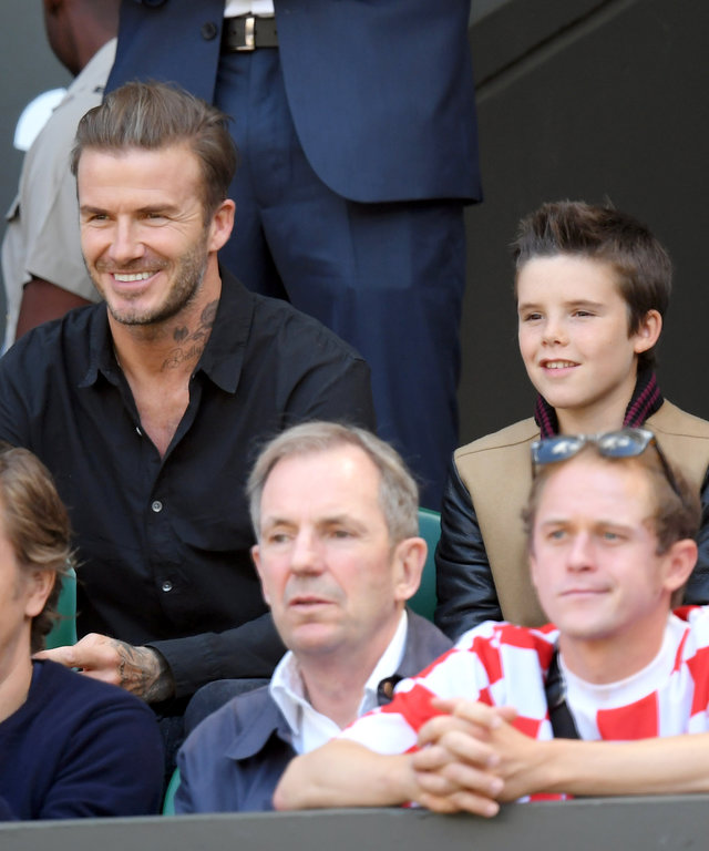 LONDON, ENGLAND - JULY 06:  David Beckham with sons Cruz and Romeo attend day nine of the Wimbledon Tennis Championships at Wimbledon on July 06, 2016 in London, England.  (Photo by Karwai Tang/WireImage)