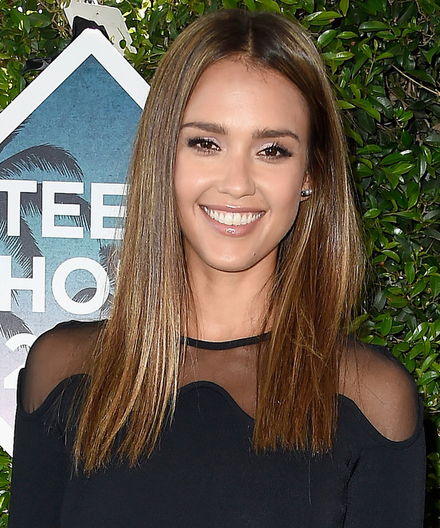 Jessica Alba Wows in a Sheer Black Crop Top at the 2016 Teen Choice Awards