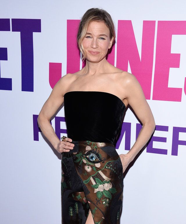 Renée Zellweger Looks Ultra-Chic at the New York Premiere of Bridget Jones's Baby