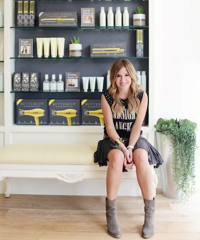 How to Fix Any Hair Mishap Without Leaving Your Desk, According to Drybar's Alli Webb