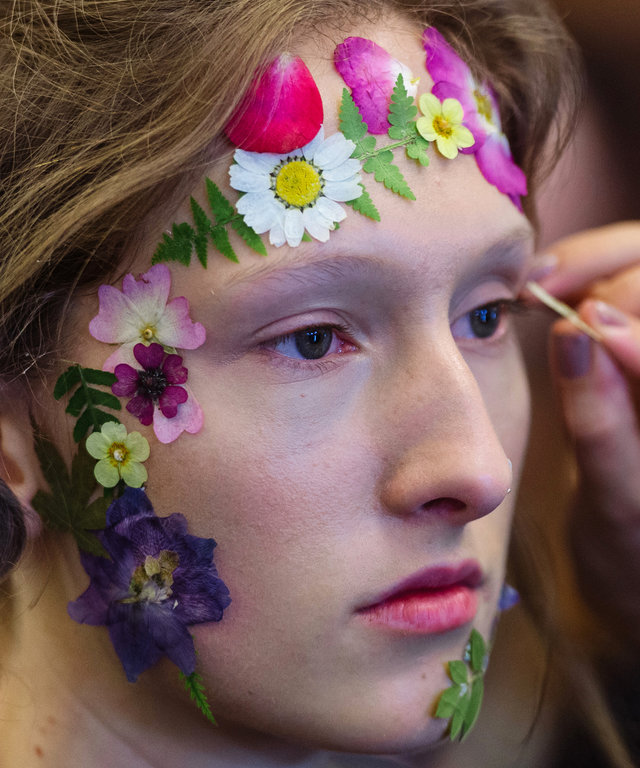 LONDON, ENGLAND - SEPTEMBER 18:  A model backstage ahead of the Preen by Thornton Bregazzi runway show during London Fashion Week Spring/Summer collections 2017 on September 18, 2016 in London, United Kingdom.  (Photo by Ben A. Pruchnie/Getty Images)