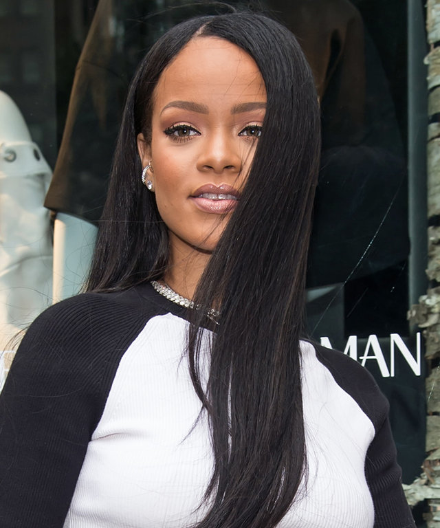 Rihanna Demos How to Make a Slouchy Hoodie and Sweatpants Ultra Glam