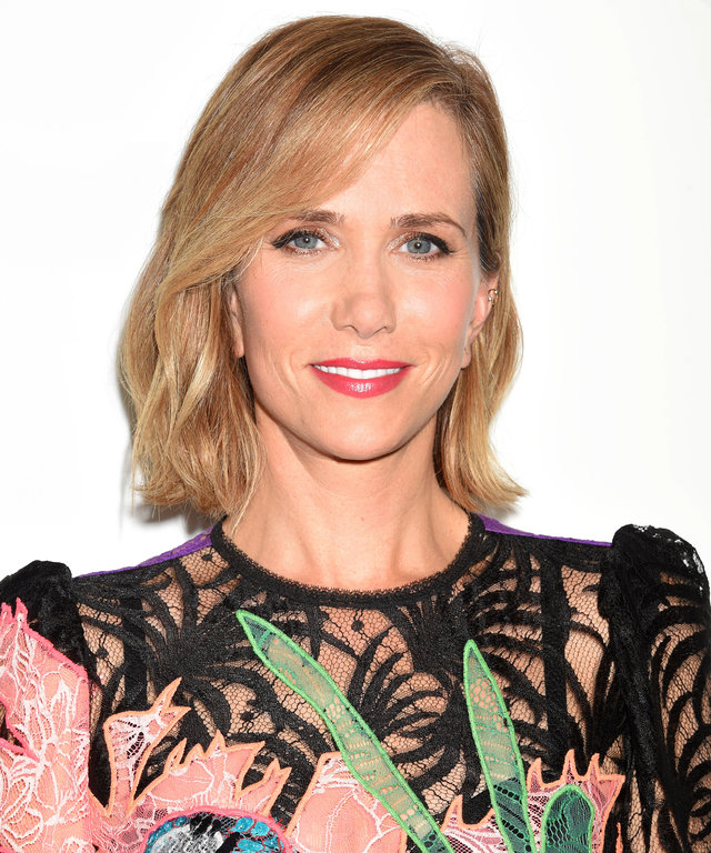 HOLLYWOOD, CA - SEPTEMBER 26: Actress Kristen Wiig attends the premiere of Relativity Media's 'Masterminds' held at TCL Chinese Theatre on September 26, 2016 in Hollywood, California. (Photo by Jeffrey Mayer/WireImage) *** Local caption *** Kristen Wiig