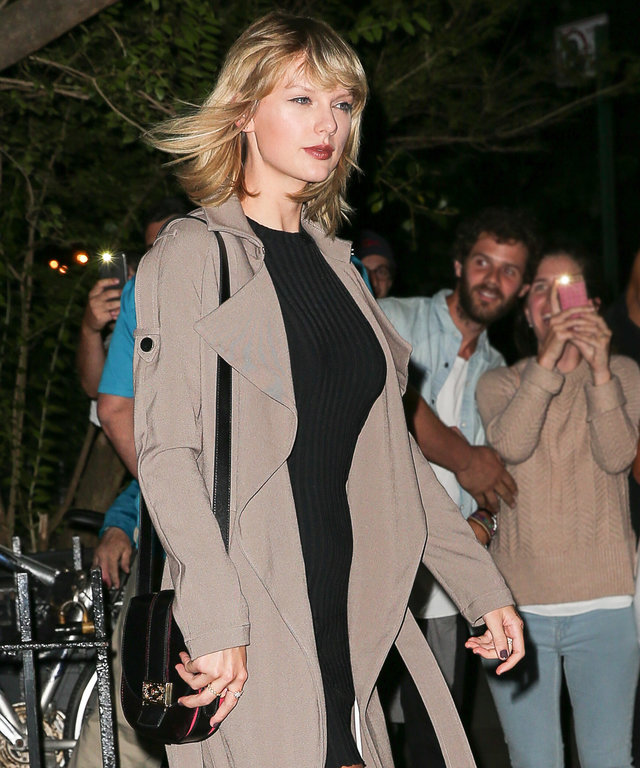 Taylor Swift Shows Off Her Mile-Long Legs on a Girls' Night Out with Cara Delevingne
