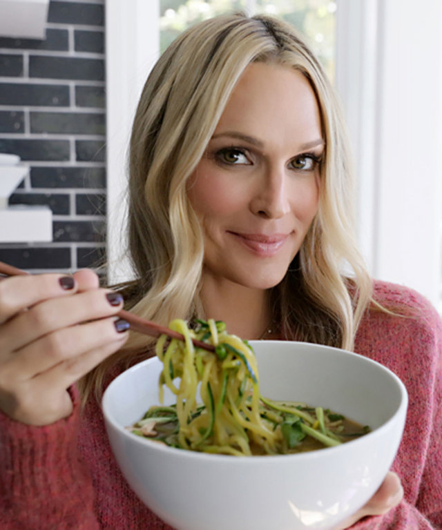 Molly Sims's Healthy Zoodle Ramen Fulfills All Your Comfort Food Needs