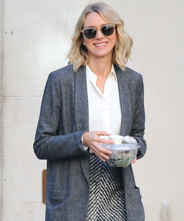 NEW YORK, NY - OCTOBER 11:  Actress Naomi Watts is seen on the set of  'Gypsy' on October 11, 2016 in New York City.  (Photo by Raymond Hall/GC Images)