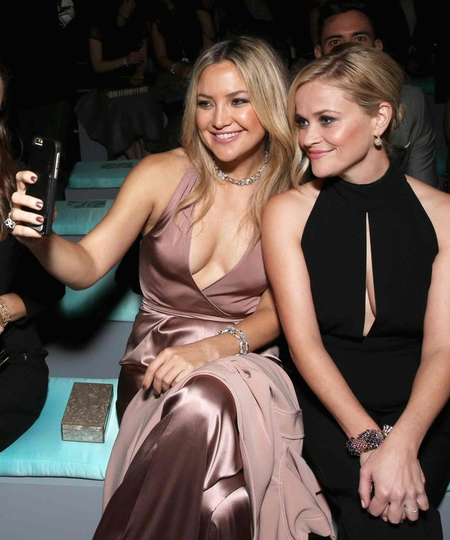 BEVERLY HILLS, CA - OCTOBER 13:  Actresses Kate Hudson and Reese Witherspoon attend Tiffany & Co.'s unveiling of the newly renovated Beverly Hills store and debut of 2016 Tiffany masterpieces at Tiffany & Co. on October 13, 2016 in Beverly Hills, CA