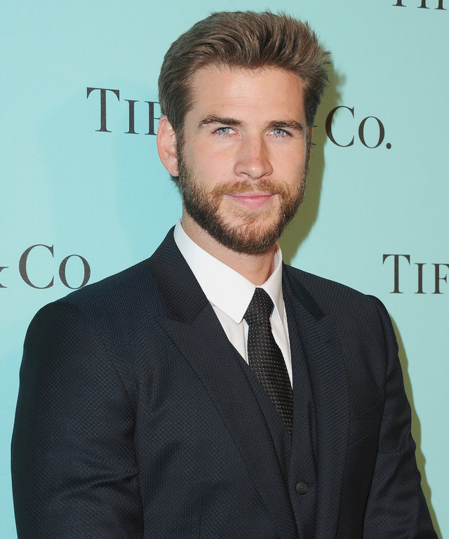 BEVERLY HILLS, CA - OCTOBER 13:  Actor Liam Hemsworth arrives at Tiffany And Co. Celebrates Unveiling Of Renovated Beverly Hills Store at Tiffany & Co. on October 13, 2016 in Beverly Hills, California.  (Photo by Jon Kopaloff/FilmMagic)