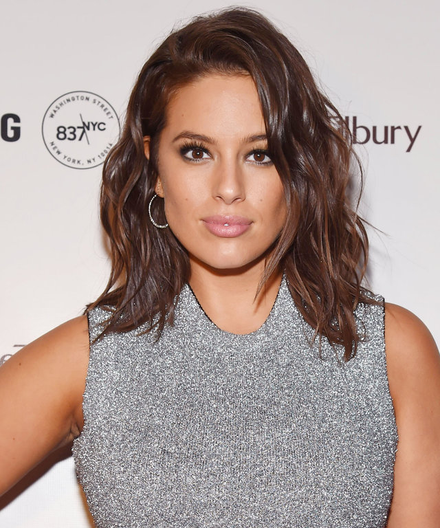 4 of Ashley Graham's Secrets to Shopping Online Like a Pro
